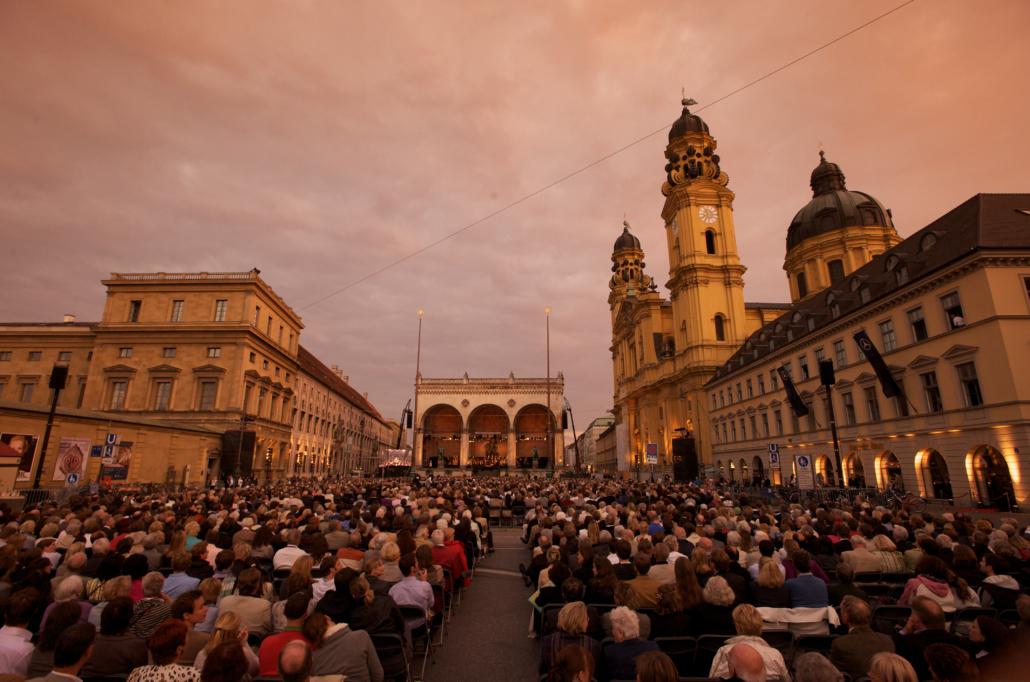 Odeonsplatz classical music concert